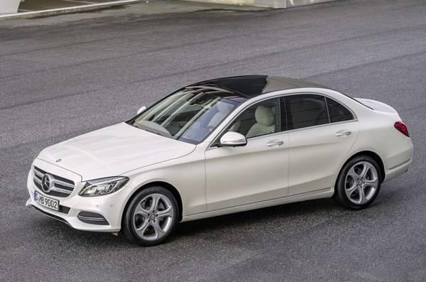 Mercedes-Benz lidera as vendas no segmento premium